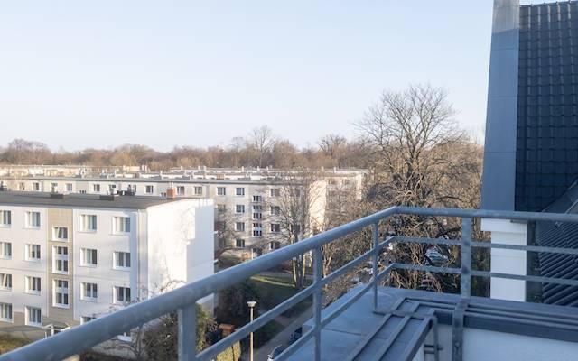 Balkon (4. OG) (2)
