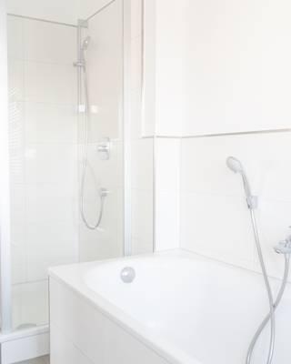 Badezimmer (4. OG) (5)